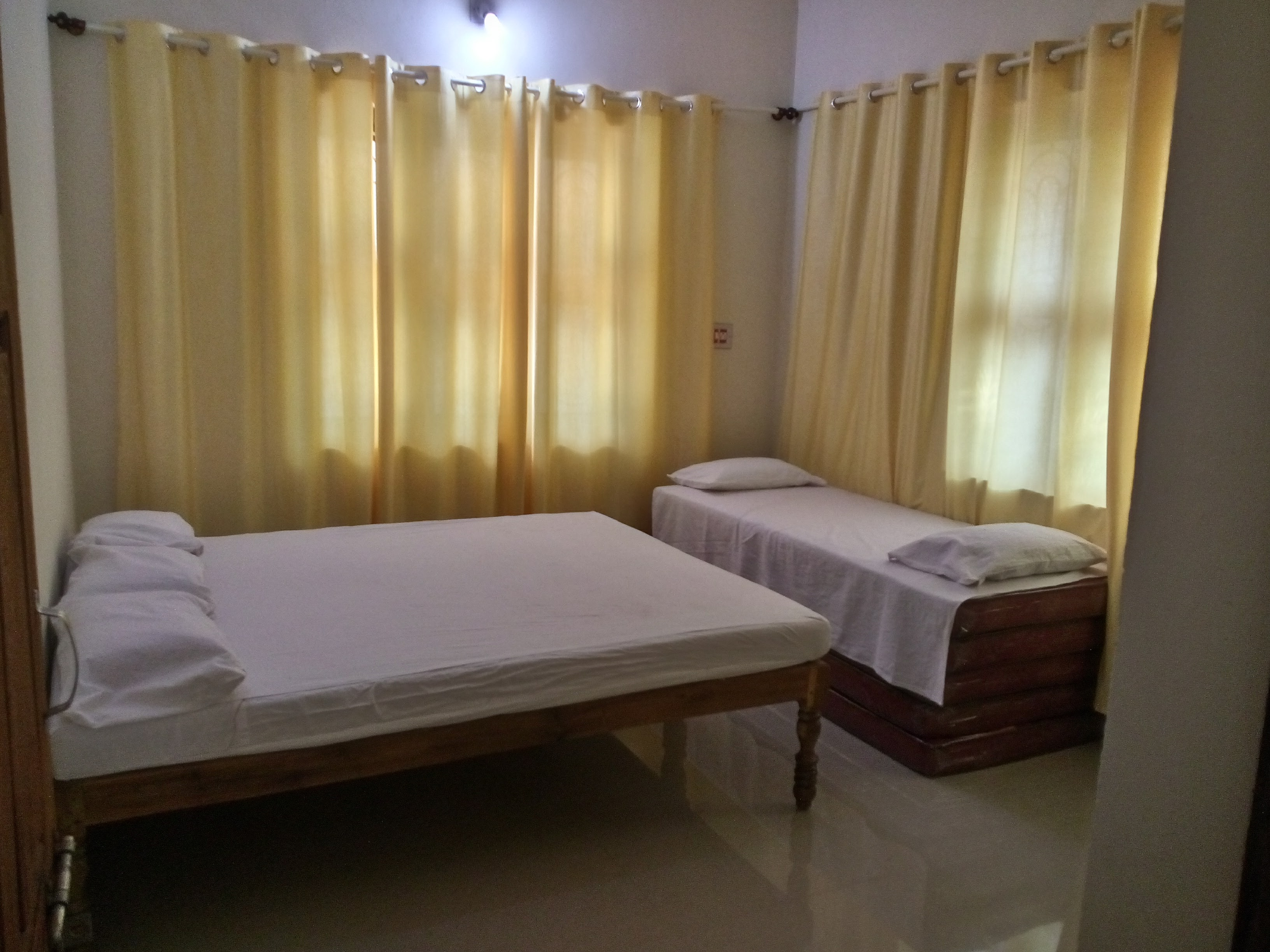 balakrishna-udupi-homestay-bedroom1